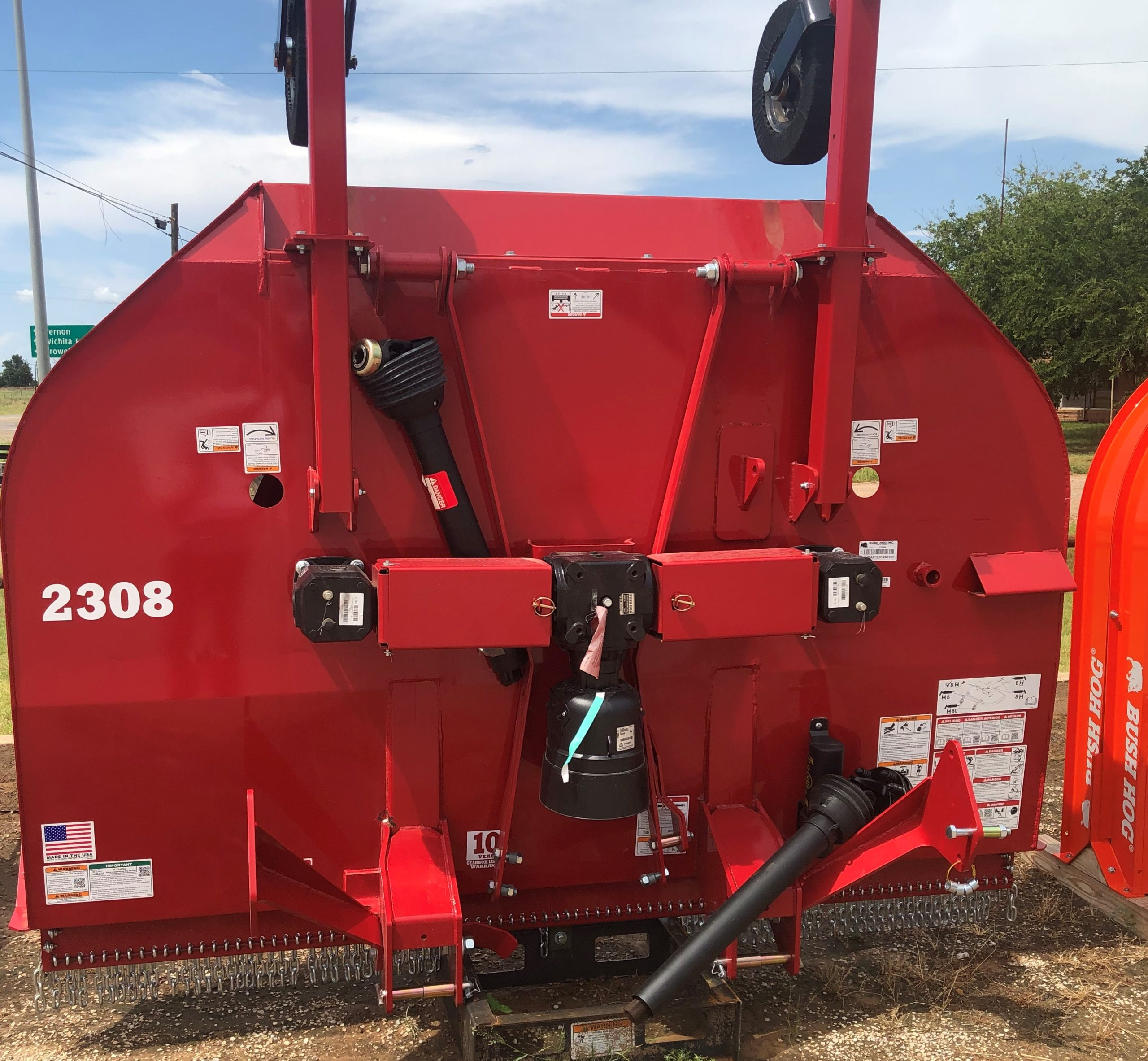 BUSH HOG MODEL: C2308FB 8ft Cutter